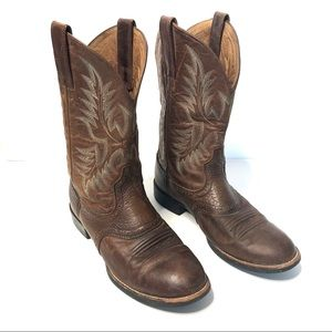 Ariat round toe leather cowboy western boots